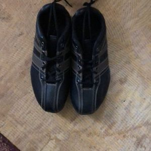 State Street faux leather shoes. Mens size 6